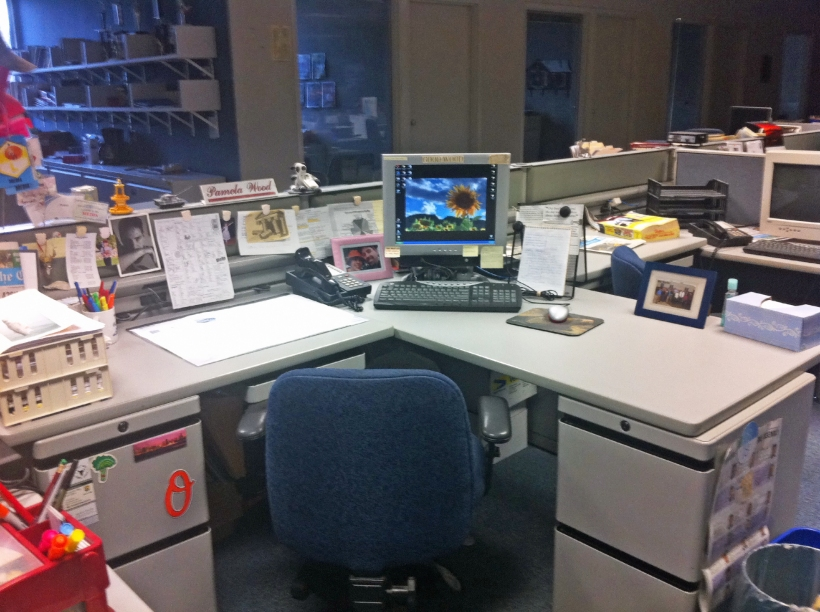Newsroom desk, photo by multimedia journalist and environment reporter Pamela Wood.