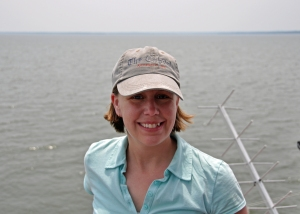 Photo of multimedia journalist and environment reporter Pamela Wood at the Thomas Point Shoal Lighthouse.