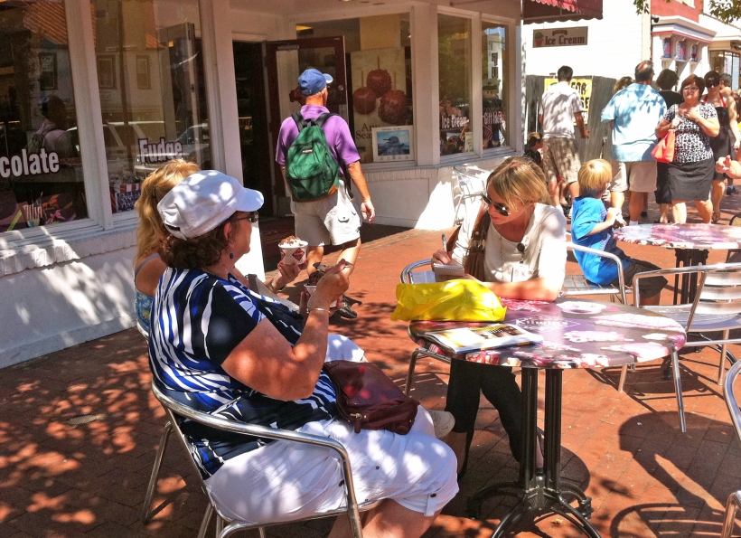 Capital reporter Heather Rawlyk interviews people in Annapolis following a small earthquake, photo by multimedia journalist and environment reporter Pamela Wood.